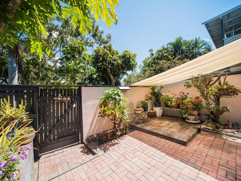 1/5 Duell Road, Cannonvale, Qld 4802