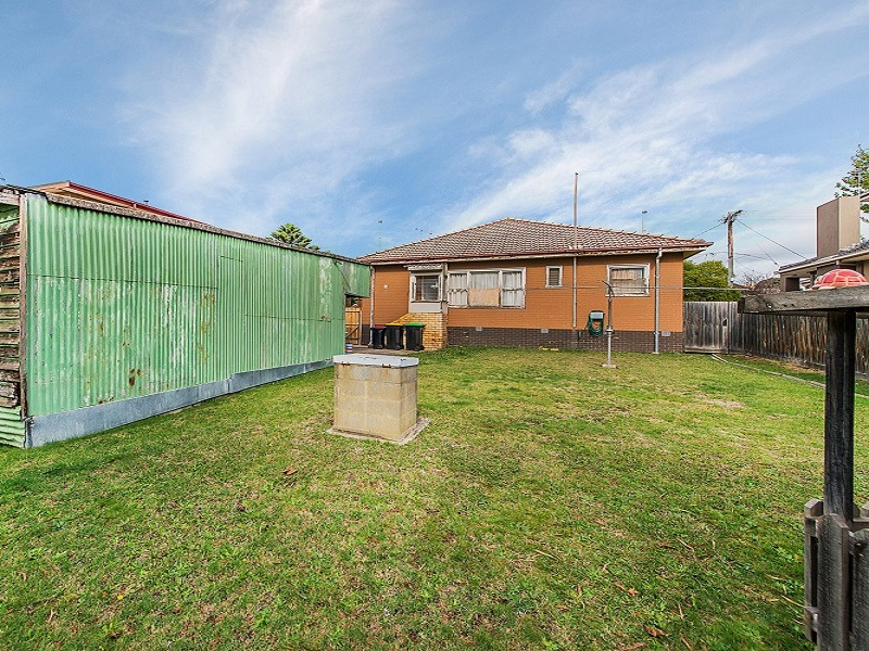 5  Avril Street, Dandenong North, Vic 3175