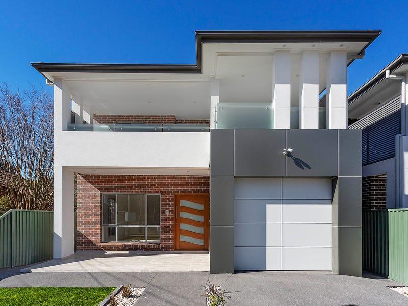8 Monie Avenue, East Hills, NSW 2213