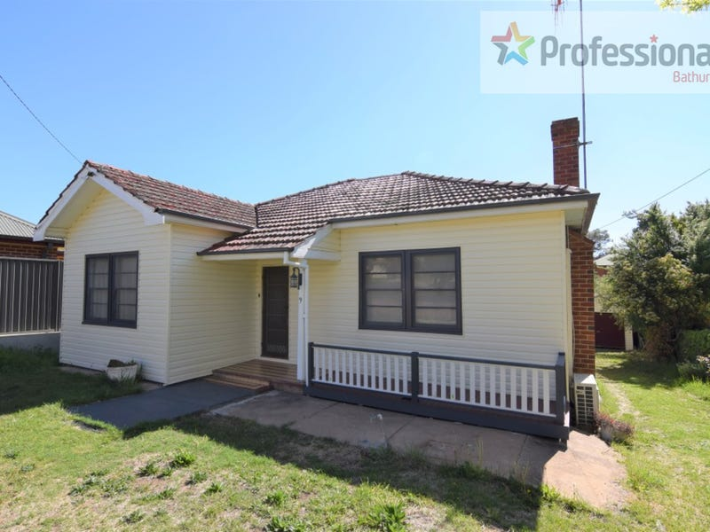 9 Park Street, Bathurst, NSW 2795