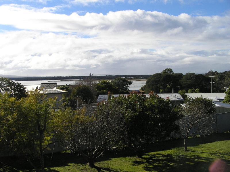 18 Banksia court, Mallacoota, Vic 3892