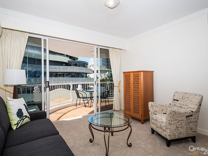 90 Surf Parade, Broadbeach, Qld 4218