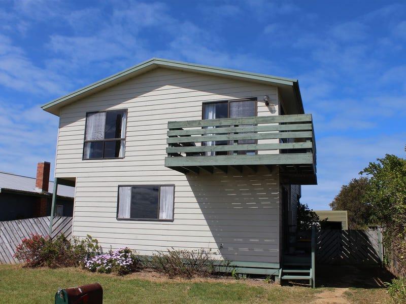 10 Seaward Street, McLoughlins Beach, Vic 3874