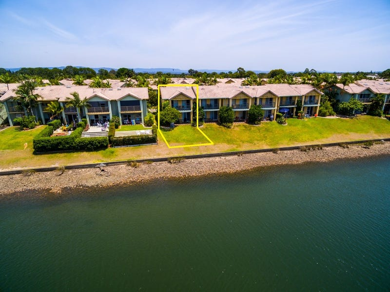 65/ 215 Cottesloe Drive, Mermaid Waters, Qld 4218