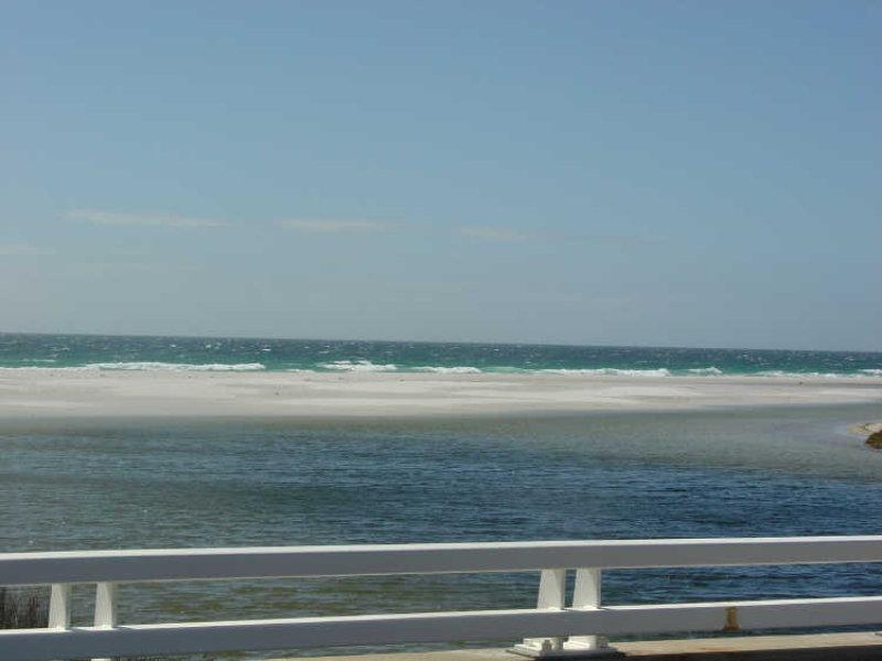 Cnr Deals Rd and Tasman Hwy, Douglas River, Tas 7215