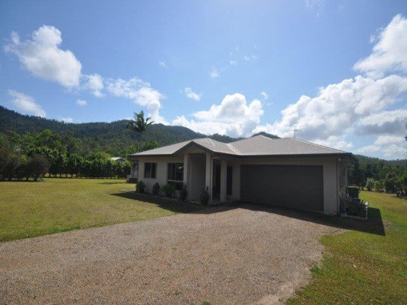 302 Mount Gardiner Road, Bemerside, Qld 4850