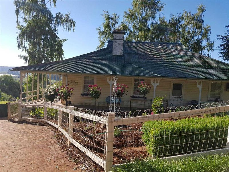 3878 Batlow Road, Batlow, NSW 2730
