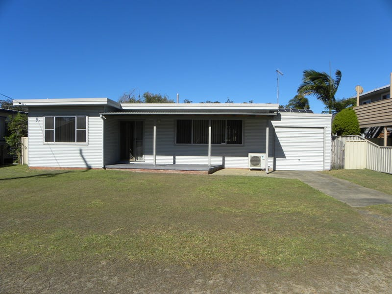 28 Lakehaven Drive, Sussex Inlet, NSW 2540