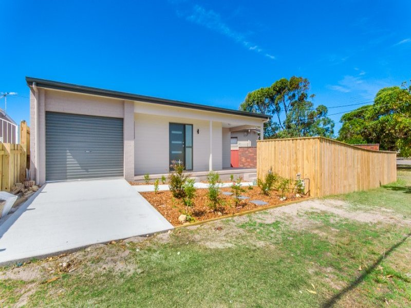 36a Dampier Street, Chifley, NSW 2036