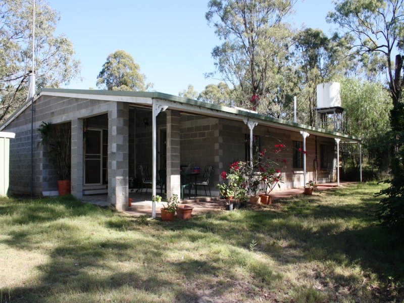 137 Koreelah Street, Upper Lockyer, Qld 4352