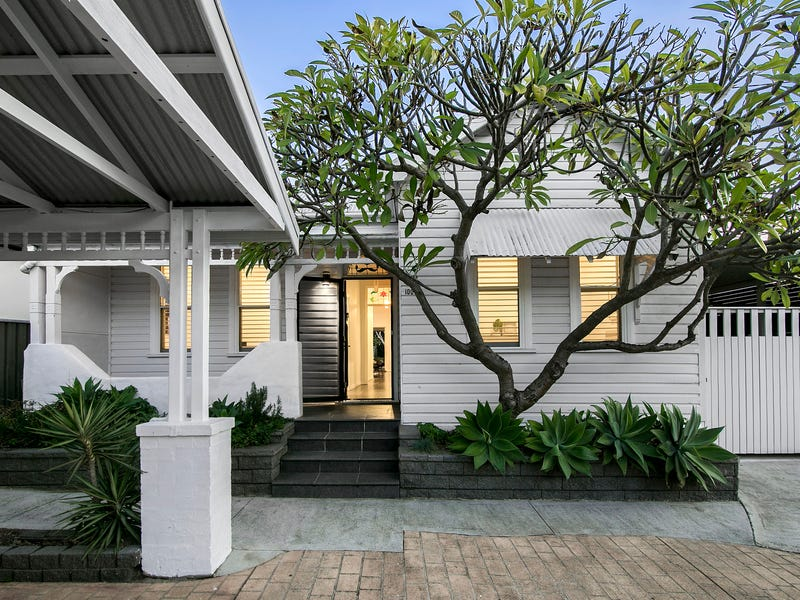 100 Turrella Street, Turrella, NSW 2205