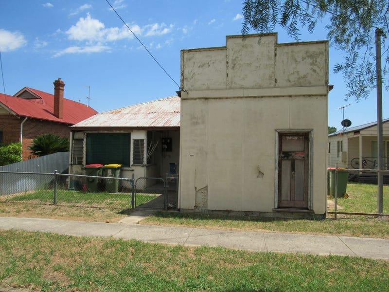 6 Henty St, Culcairn, NSW 2660