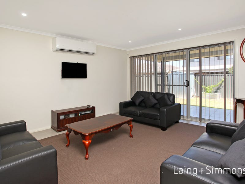 43 Stephenson Drive, Ropes Crossing, NSW 2760