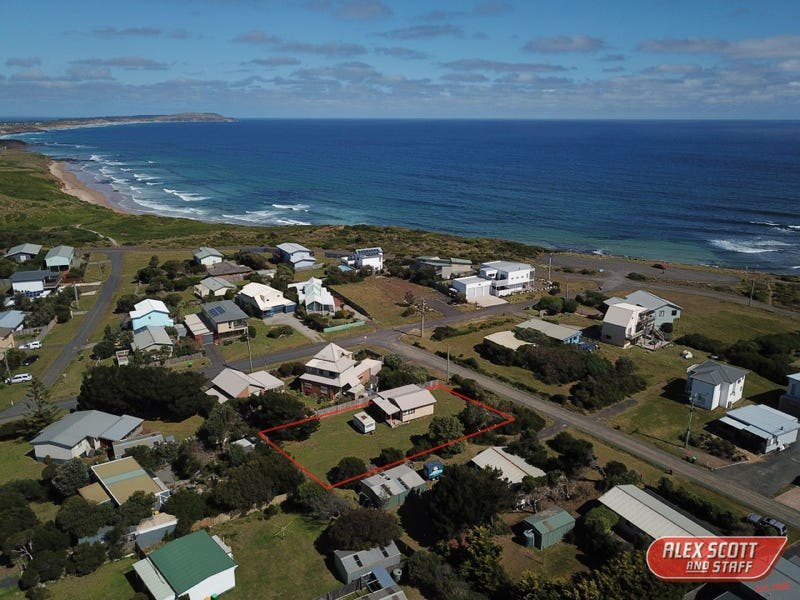 30 SEAVIEW CRESCENT, Surf Beach, Vic 3922