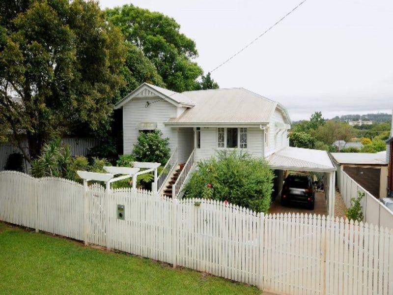 15 Netterville Street, East Toowoomba, Qld 4350