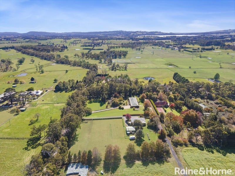 8 Walkers Lane, Avoca, NSW 2577