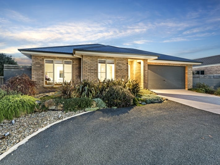 1 Cassandra Close, Gisborne, Vic 3437