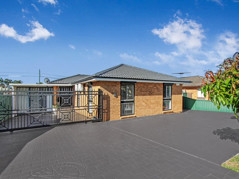 21 & 21A Turquoise Cres, Bossley Park, NSW 2176