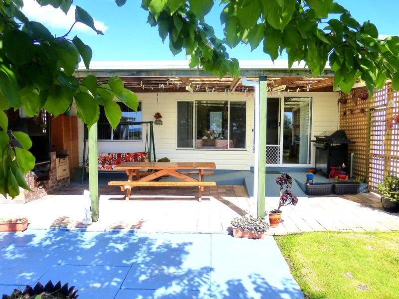 137 Scamander Avenue, Scamander, Tas 7215