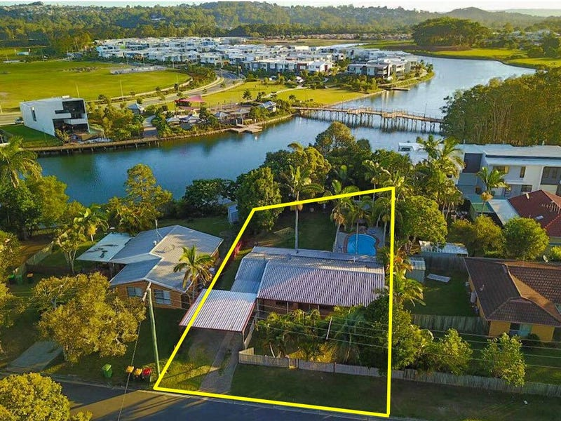 4 Lake Court, Maroochydore, Qld 4558