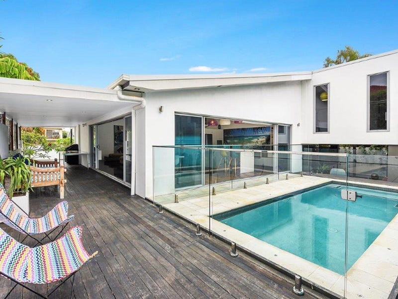 35 Sunset Boulevard, Surfers Paradise, Qld 4217