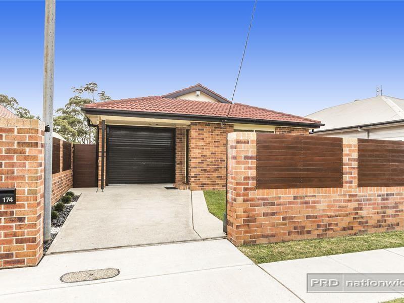 174 Glebe Road, Merewether, NSW 2291