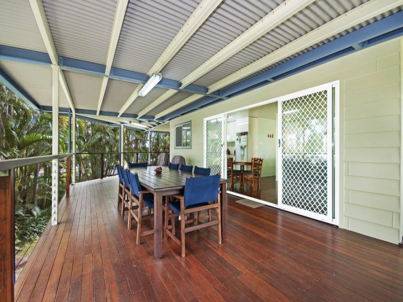 24 Lindeman Avenue, Slade Point, Qld 4740