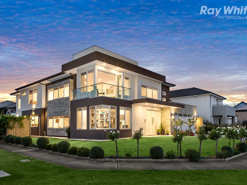 25 Waterside Drive, Waterways, Vic 3195