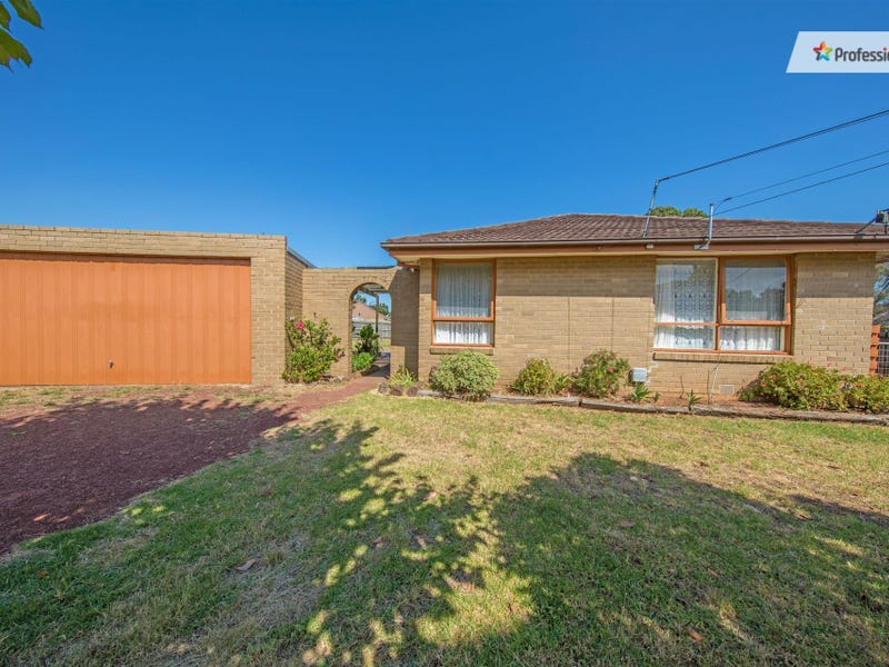 21 Judy Court, Melton, Vic 3337