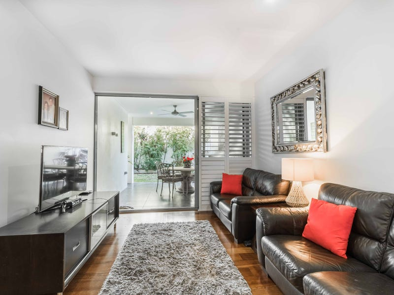 2/79 Stephens Street, Morningside, Qld 4170