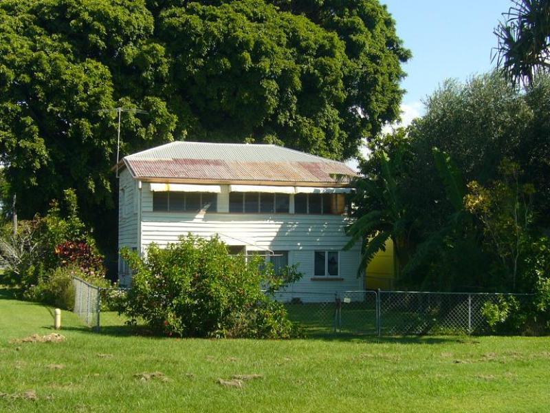 43 O'Quinn Street, Nudgee Beach, Qld 4014