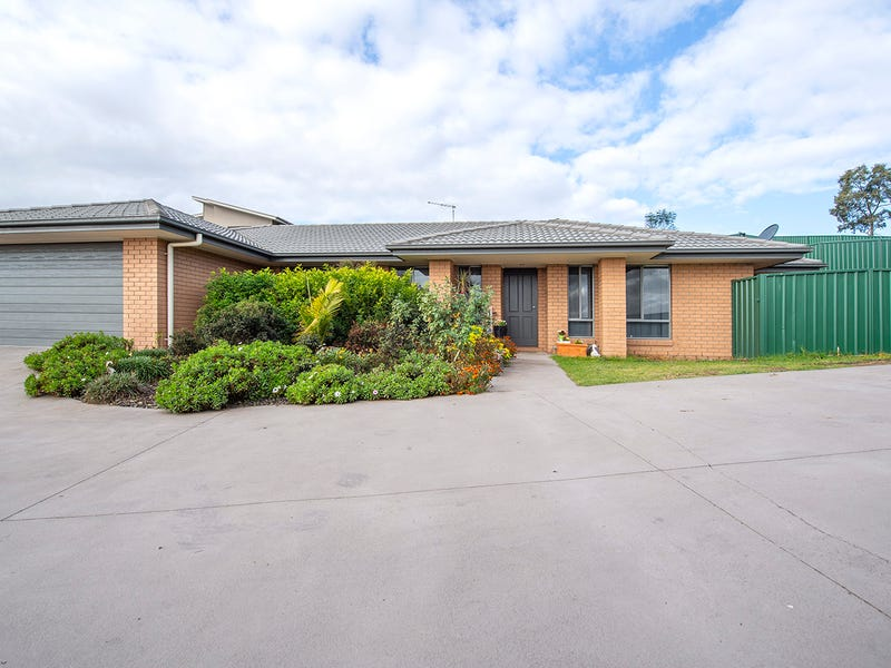 18a Chivers Circuit, Muswellbrook, NSW 2333