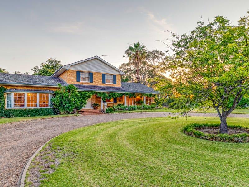 6 Vincent Road, Lake Albert, NSW 2650