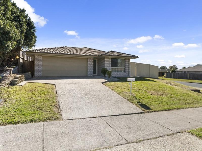 1 Rhiannon Drive, Flinders View, Qld 4305