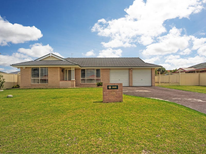 26 Guinea Flower Crescent, Worrigee, NSW 2540