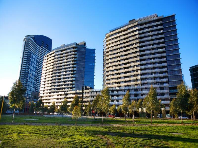 107/12 Waterview Walk, Docklands, Vic 3008