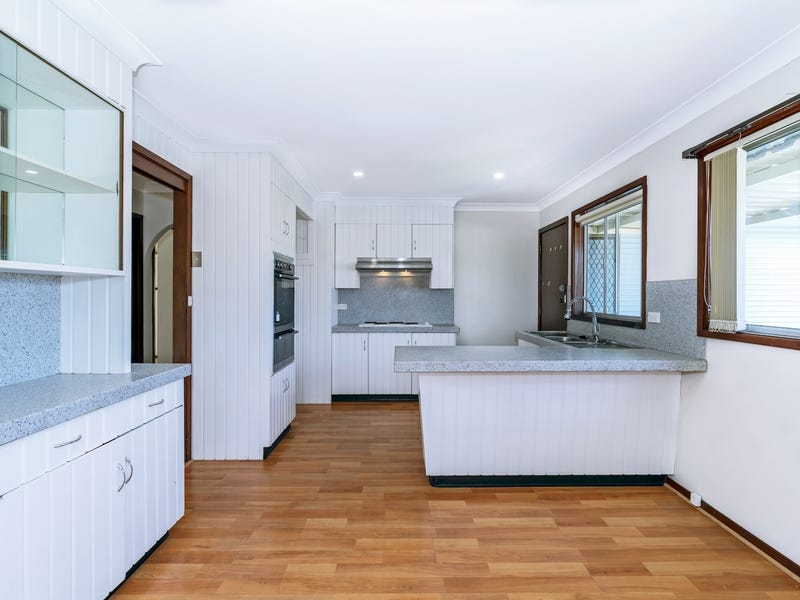 2/32 Bullecourt Avenue, Milperra, NSW 2214