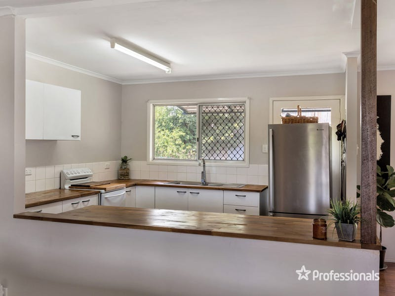 30 Gordon Road, Ferny Hills, Qld 4055