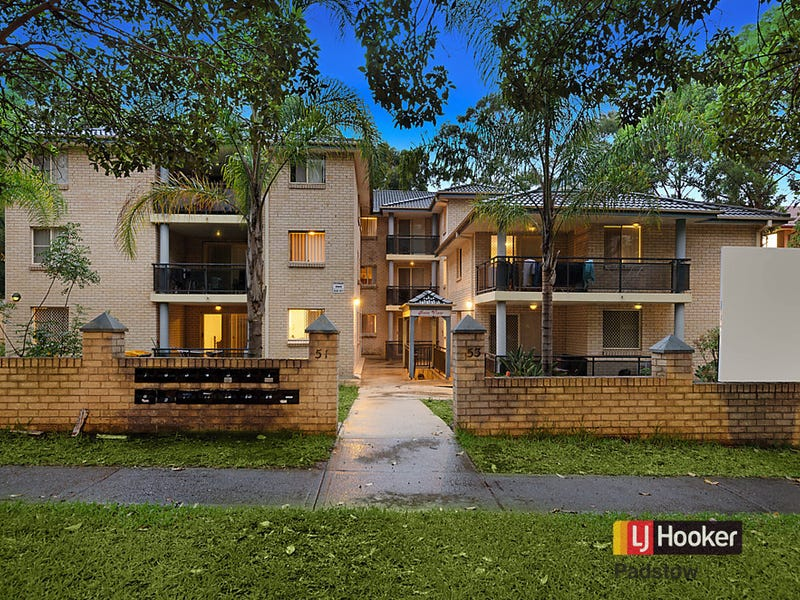 2/51 Cairds Avenue, Bankstown, NSW 2200