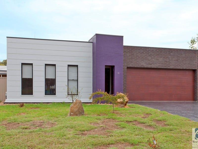 11 Helm Court, Wodonga