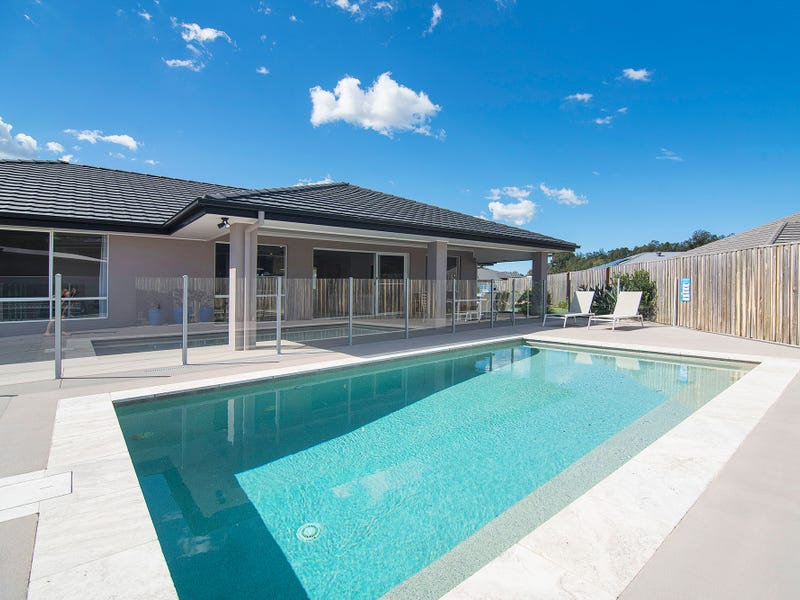 4 Morna Place, Coomera Waters, Qld 4209