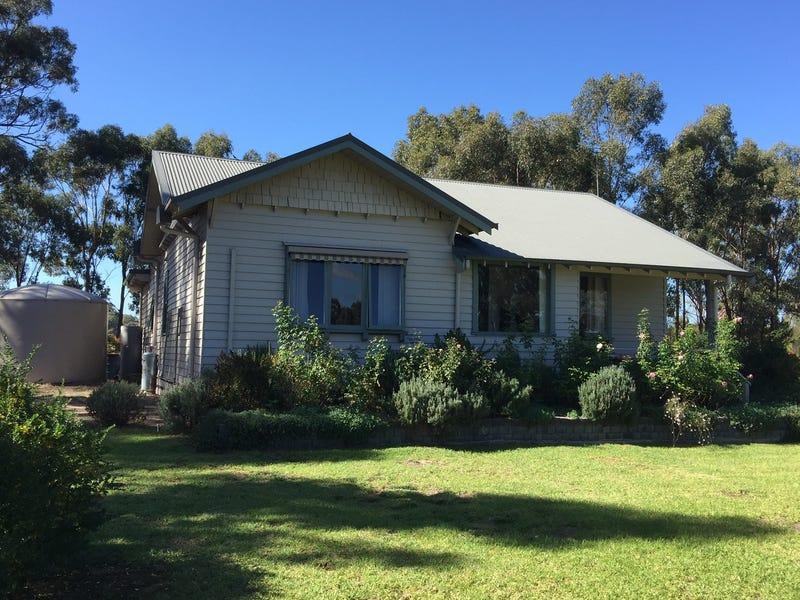 340 Hall Lane, Whiteheads Creek via, Seymour, Vic 3660