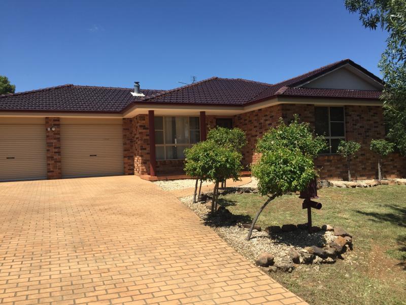 5 Woodside Road, Tamworth, NSW 2340