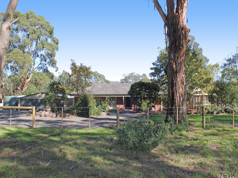 32 Haires Lane, Bullengarook, Vic 3437