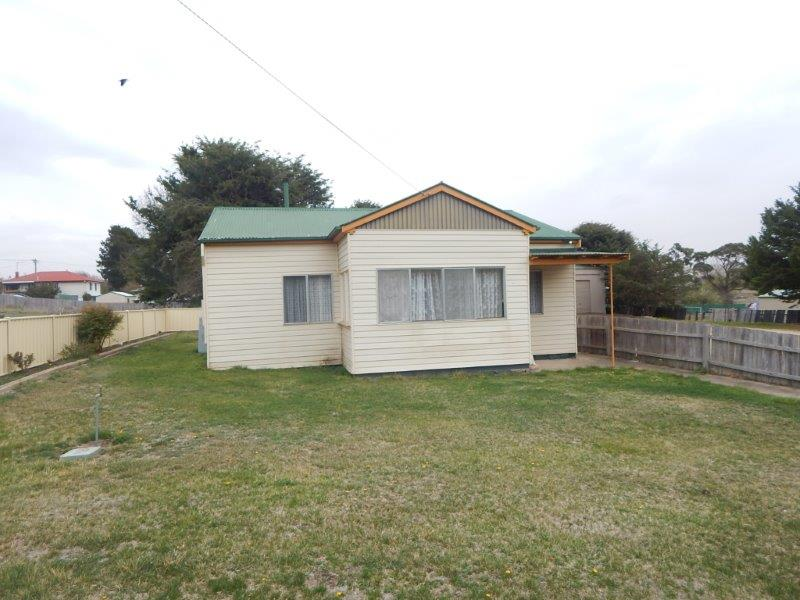 4 Boyd Street, Nimmitabel, NSW 2631