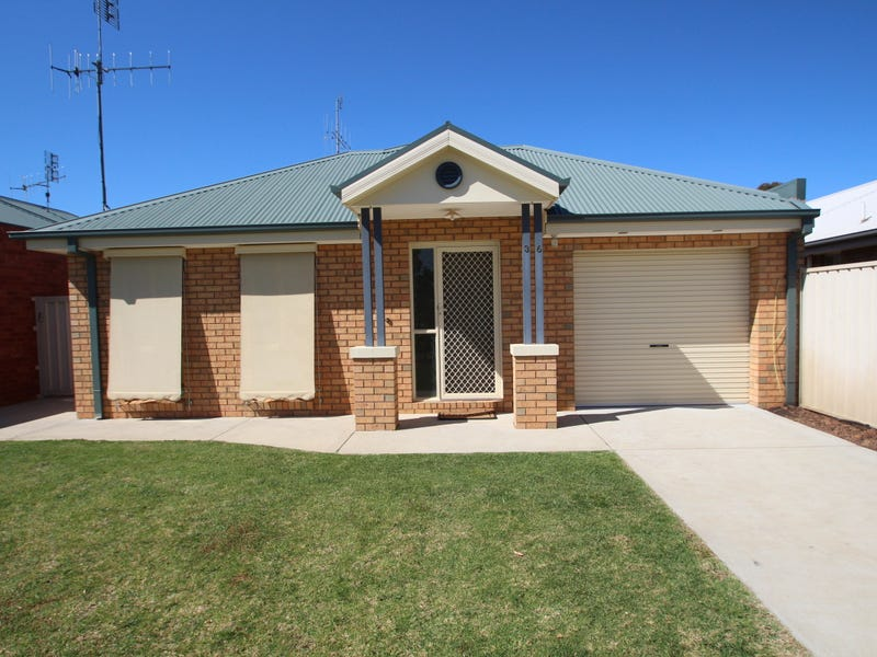 36 Emily Street, Tocumwal, NSW 2714
