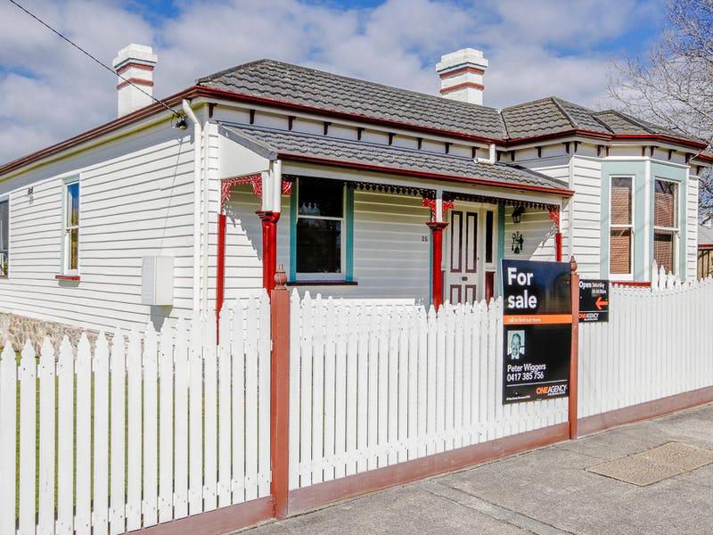 25 Hiller Street, Devonport, Tas 7310