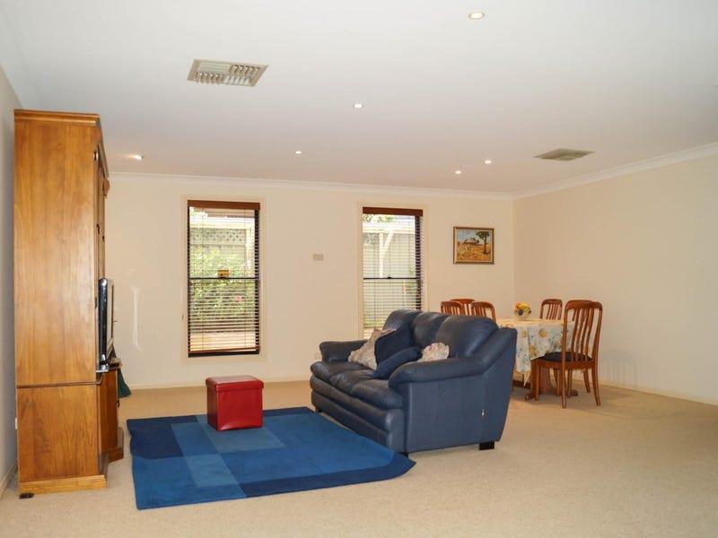 5 Dulhunty Avenue, Dubbo, NSW 2830