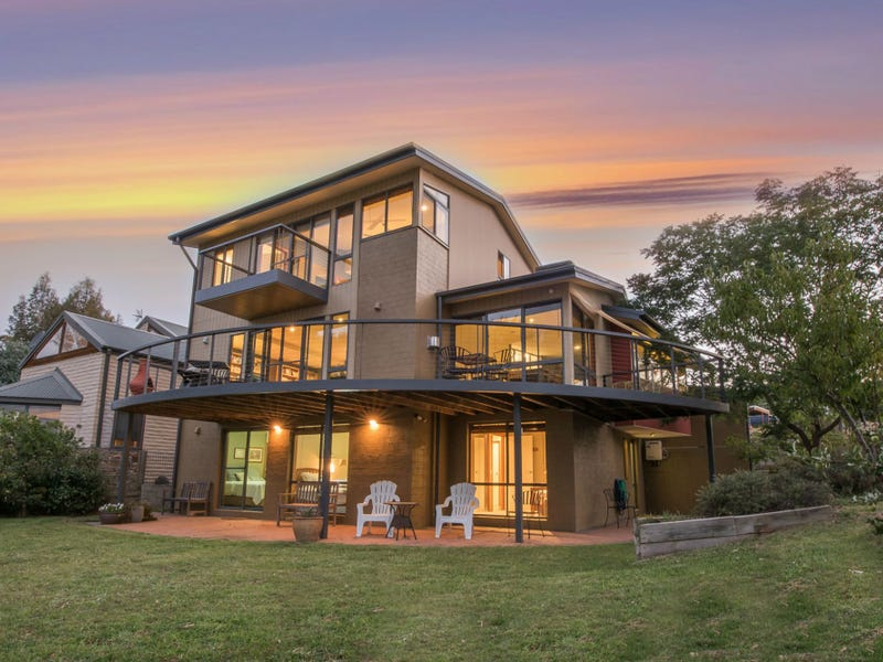33 Girvin Place, Jindabyne, NSW 2627
