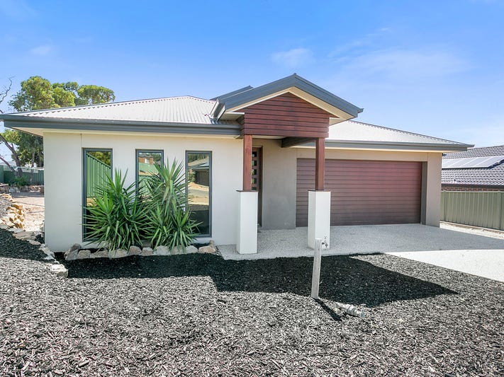 7 Gemini Court, Golden Square, Vic 3555